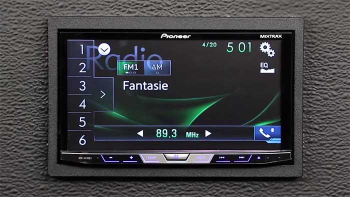 Pioneer AVH-X490BS car stereo system