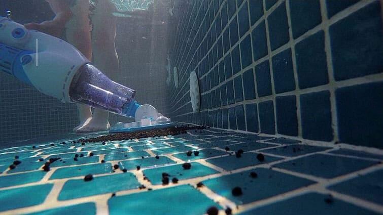 Aquajack 301 cleaning debris inside the water