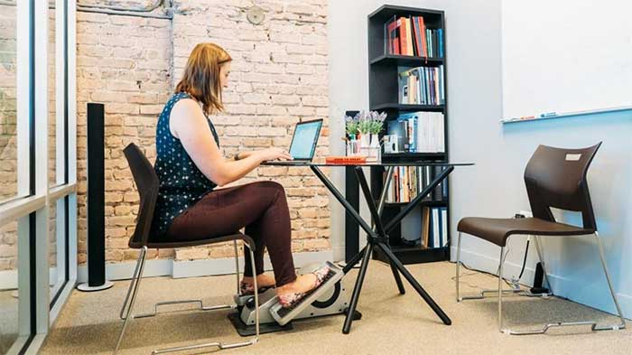 Cubii pro in an office environment