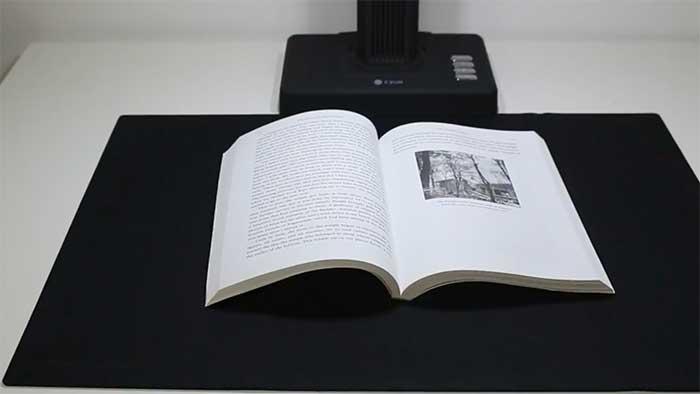 cur et16plus scanning a book