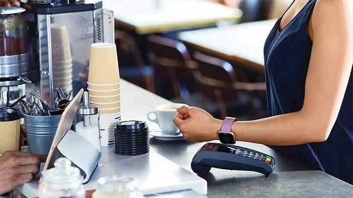 Fitbit versa feminine smartwatch