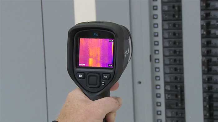 Checking an electrical setup for heat with a flir e4 specialized camera