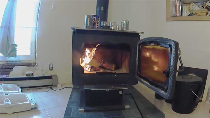 High efficiency wood chip heating system