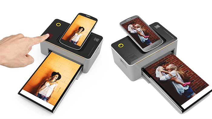 Kodak Dock printer with a smartphone
