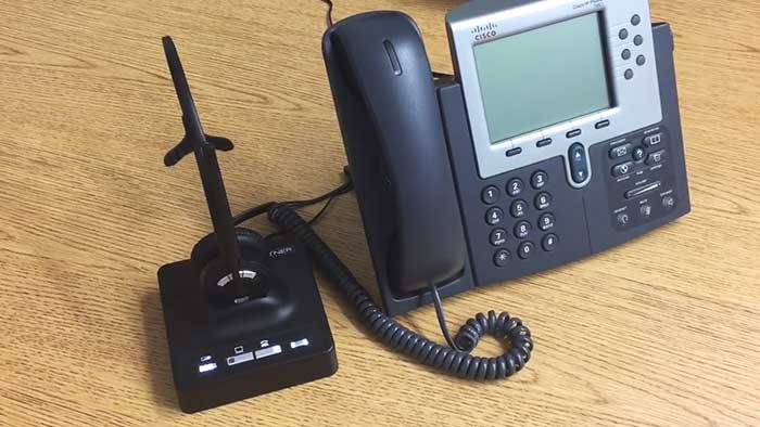 Leitner Headphones connected to a cisco phone with the standard cord