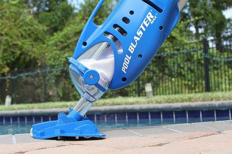 Pool blaster max LI vacuum
