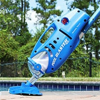 battery operated pool vacuum cleaner