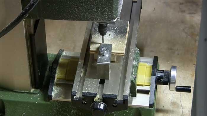 Proxxon MF70 milling a small piece of metal