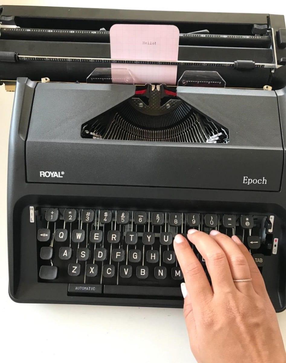 royal typewriter image