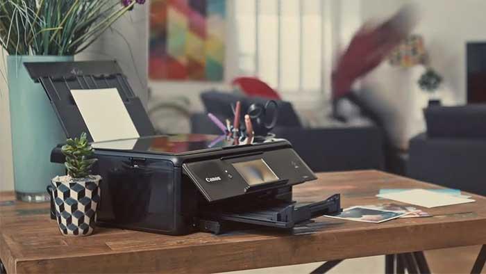Canon ts8050 on a desk