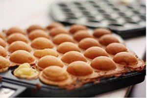 zoie chloe waffle pan bubble maker